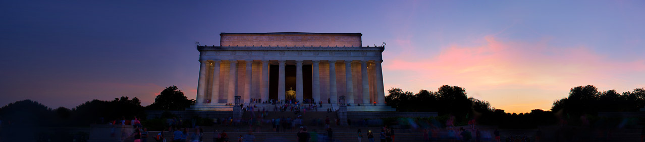 Lincoln Memorial at dusk in Washington DC