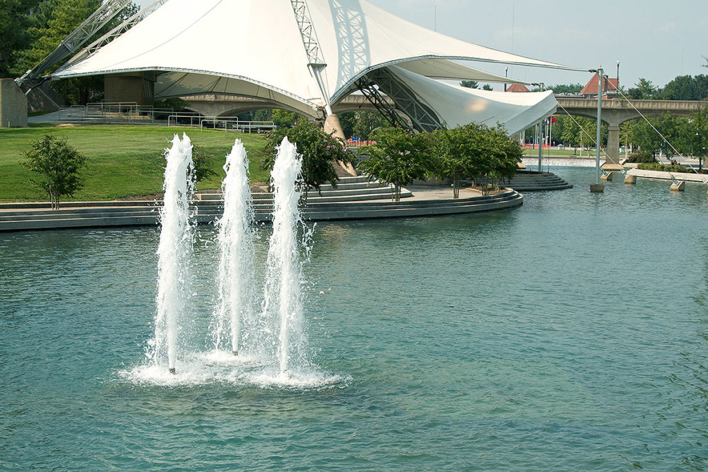 Tennessee Amphitheater surrounded by water and fountains